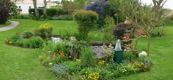 bassin au jardin d 39 agr ment
