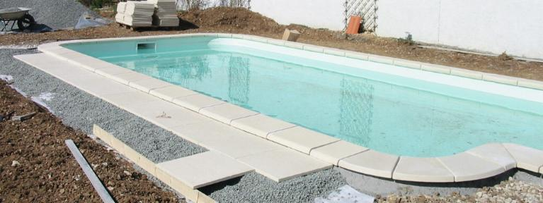 Terrasse piscine pose for Pose carrelage sur lit de sable